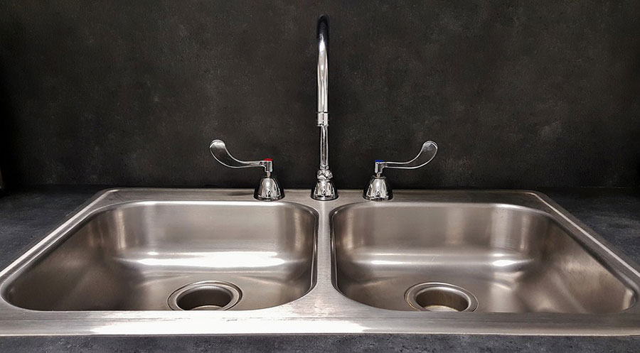 double sink with hot and cold water switch